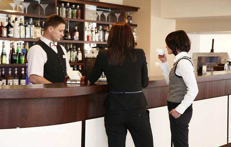 kaviareň - hotel Activa
